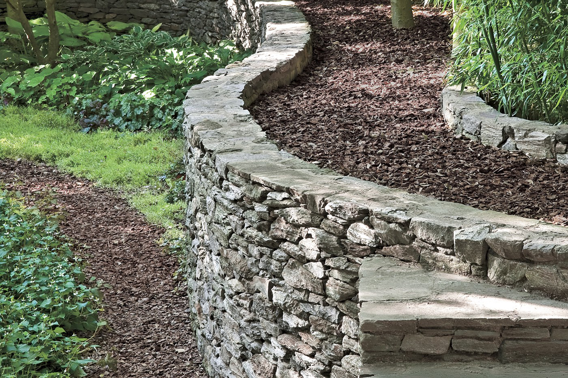 Pros and Cons of Installing Retaining Walls